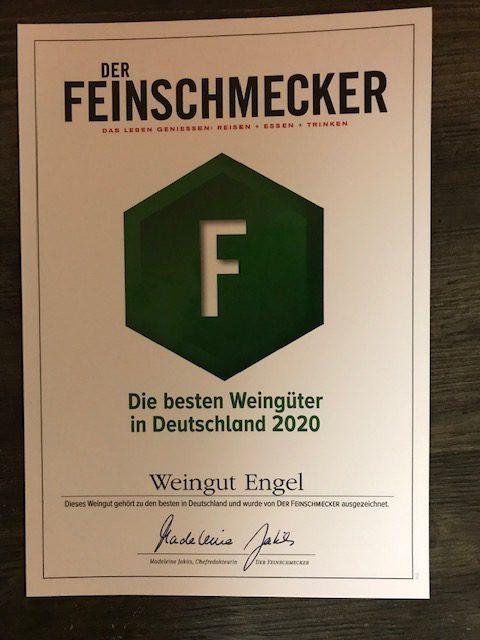 Auszeichnung  im        Mainzer Wein-/ Restaurantführer &               Der Feinschmecker