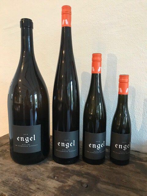 Unsere Weine in Magnum-Doppelmagnum und 0,37l Flaschen